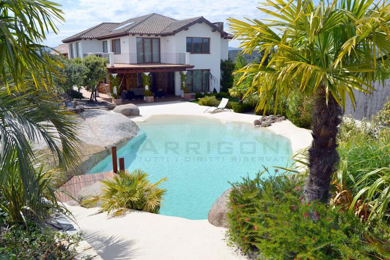 Piscine di sabbia con spiaggia e bagnasciuga piscine - Piscine gia pronte prezzi ...